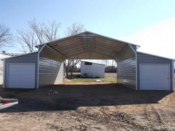 Traditional Barn with closed lean to's with rollup doors, open center section Item # 76