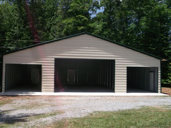 Fully enclosed Standard barn Item # 36