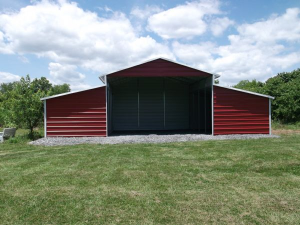 Barn with front center section open Item #7